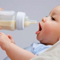 Когда переводить ребенка на другой вид питания