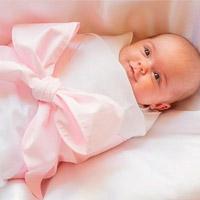 Как запеленать новорожденного?