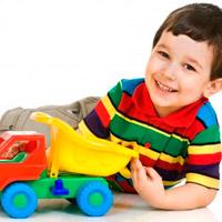 Ребенок играет только в машинки?