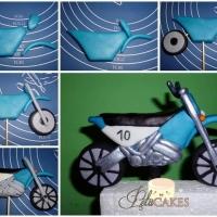 Мотоцикл из пластилина